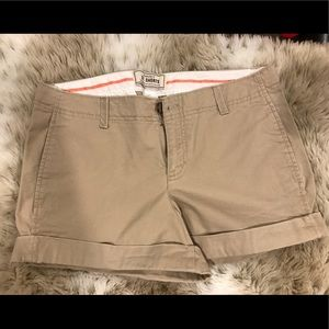 Old navy 3 1/2 length shorts